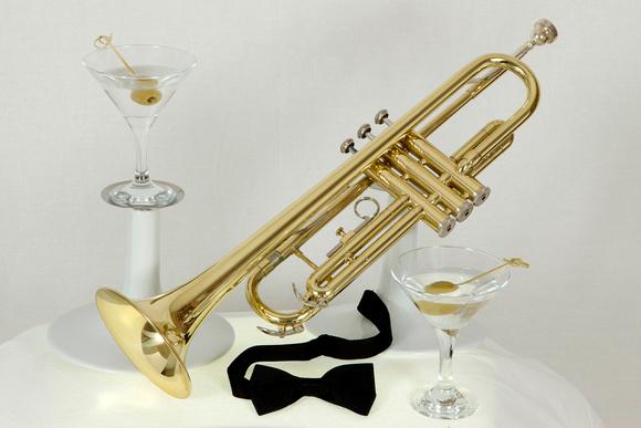 Trumpet Martini bow tie
